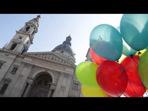 Május 4., Ovis flashmob Buzánszky Jenő születésnapjára